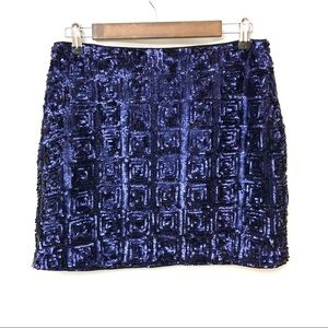 😍 NWT H&M Navy Black Sequin Skirt!